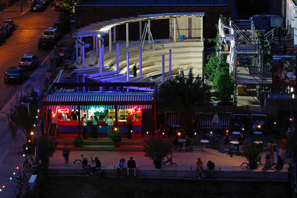 Das beliebte hölzerne Amphitheater wird in diesem Jahr nicht aufgebaut. Die Strandbar davor ist ebenfalls betroffen.