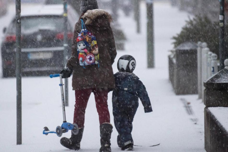 In Bayern kommt es in den kommenden Tagen zu Schneefall. (Symbolbild)