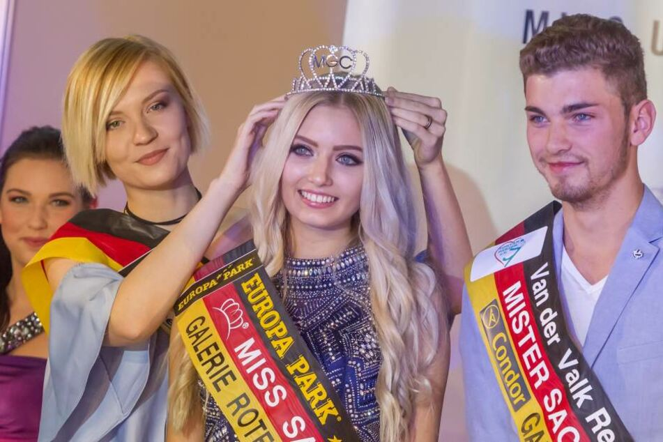 """Strahlende Siegerin: Soraya Kohlmann (18, Mitte) darf sich nun ein Jahr """"Miss Sachsen"""" nennen."""