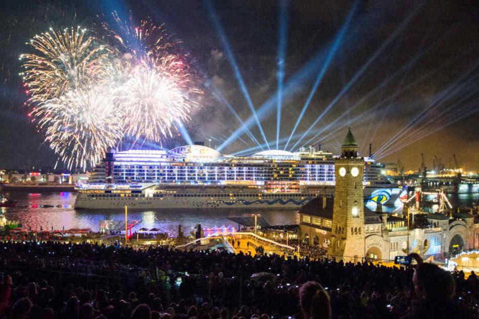 Feuerwerk während des Hafengeburtstags. Archivbild.
