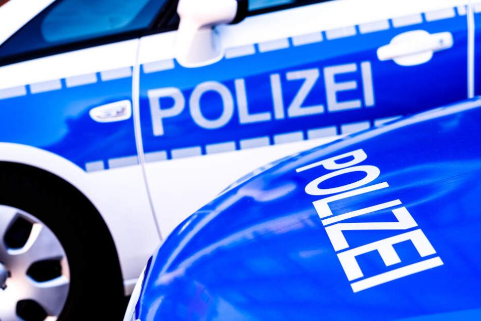 Die Polizei sucht nach Zeugen der Vorfälle (Symbolbild).
