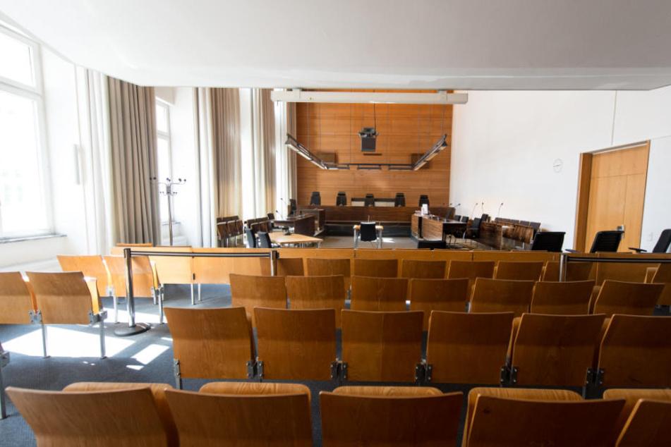 Vor dem Freiburger Landgericht (Archivbild) könnte bereits Mitte Mai ein Urteil fallen.