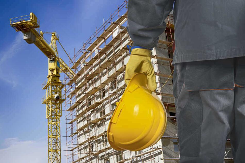 Der Bauarbeiter wurde von einer umstürzenden Wand erschlagen. (Symbolbild)