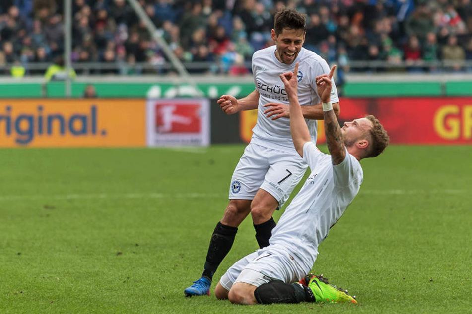 Christoph Hemlein bejubelt seinen zwischenzeitlichen 1:0-Führungstreffer.