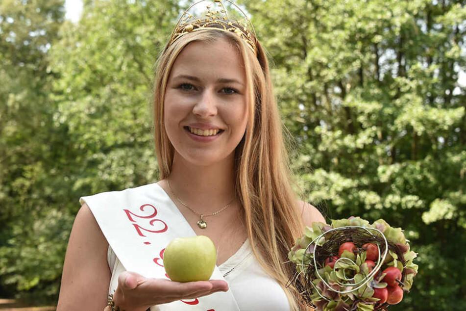 Sie soll ihre Krone abgeben: Antonia Lieske ist die amtierende Gubener Apfelkönigin.