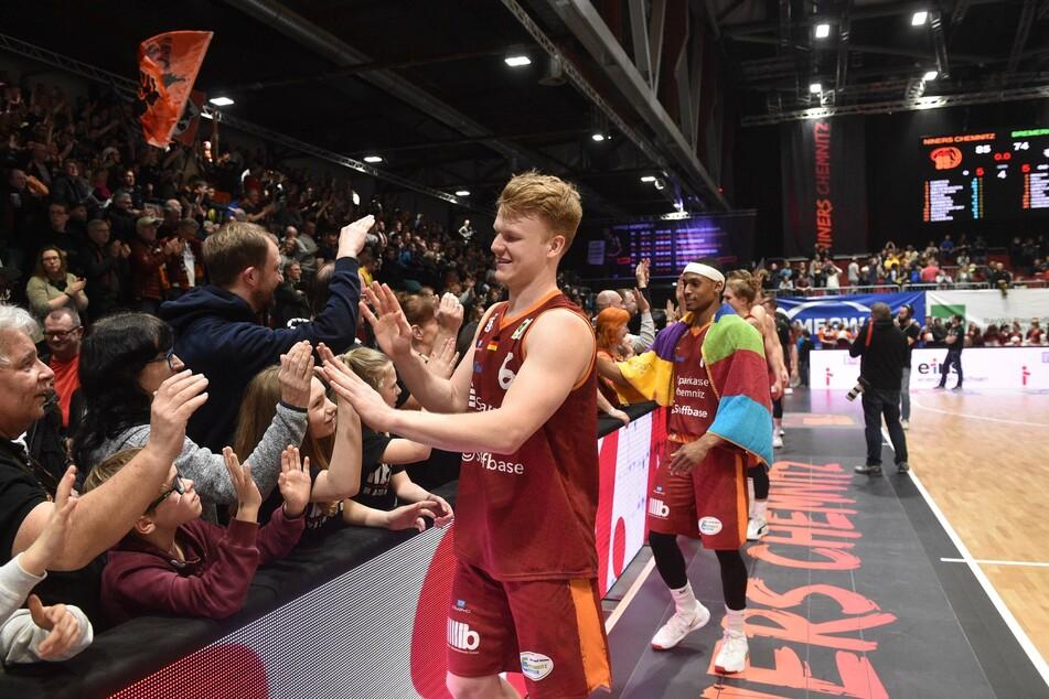 Mit den 99ers Chemnitz ist Luis Figge in der Basketball-Bundesliga auf dem Höhenflug.