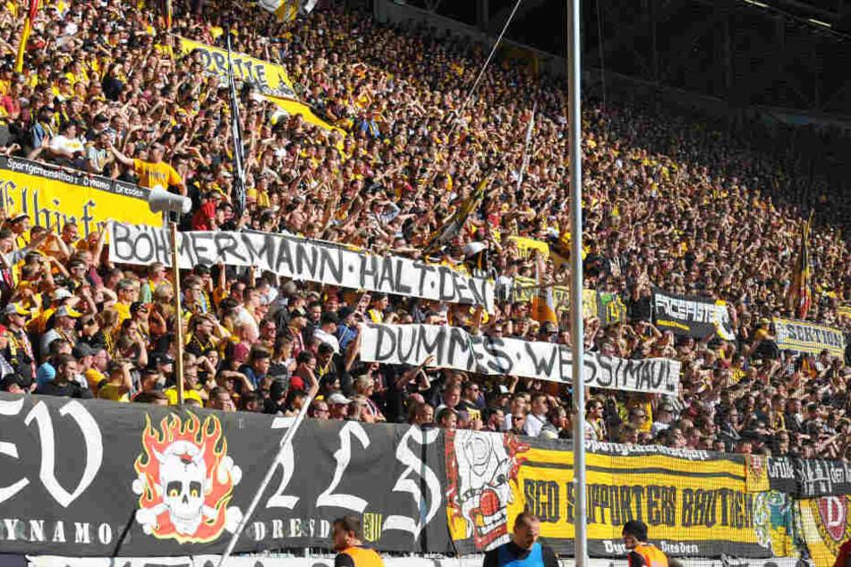Die Fans machten ganz schnell klar, was sie von Böhmermanns Ergüssen halten.