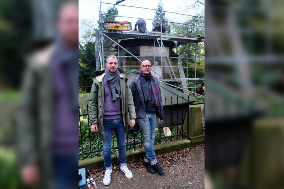 Matthias und Klaus Uhlen planen jetzt schon, wie sie bestattet werden wollen.