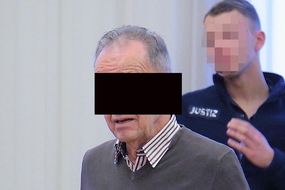 Franz T. (75) muss sich wegen Drogenhandels am Landgericht verantworten.