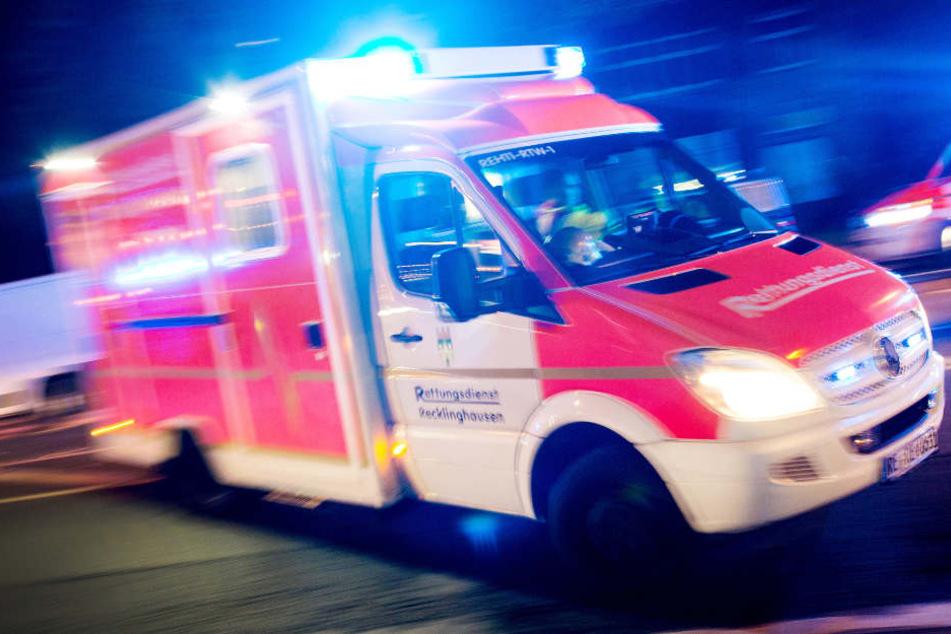 Die gerufenen Rettungskräfte konnten nur noch den Tod feststellen. (Symbolbild)