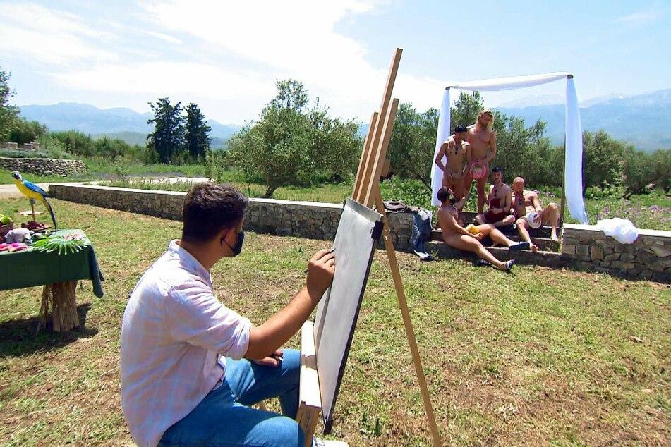 Beim Gruppendate lässt sich Kim (31) mit vier Auserwählten (fast) nackt malen.