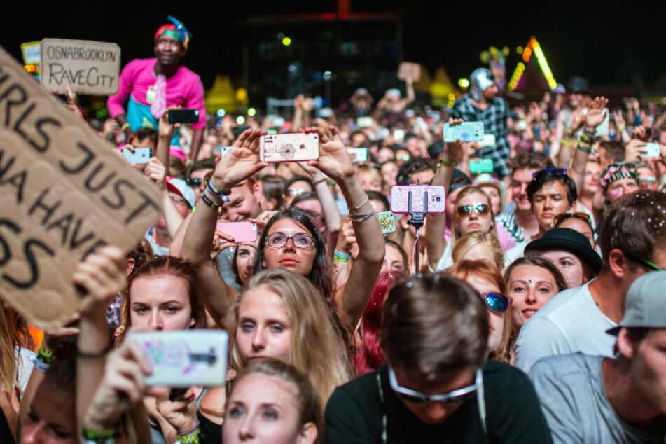 """Beim """"SonneMondSterne""""-Festival gab es in diesem Jahr mehrere Diebstähle und Festnahmen. Zwei Frauen wurden dazu sexuell belästigt."""
