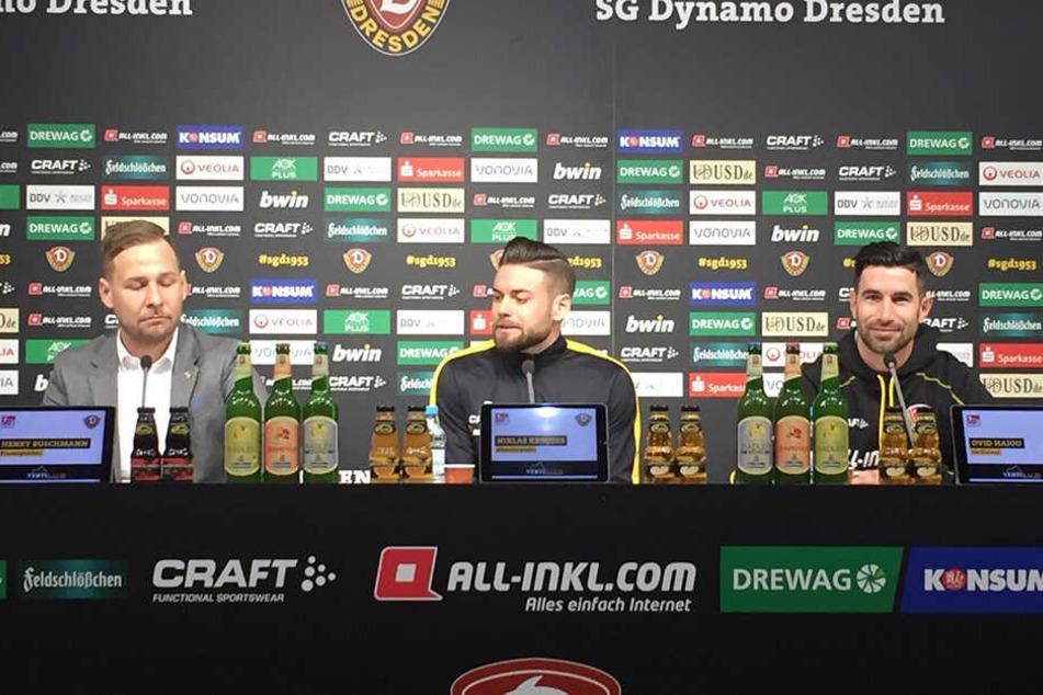 Niklas Kreuzer (Mitte) verkündete den Anwesenden seine Vertragsverlängerung bis 2022.