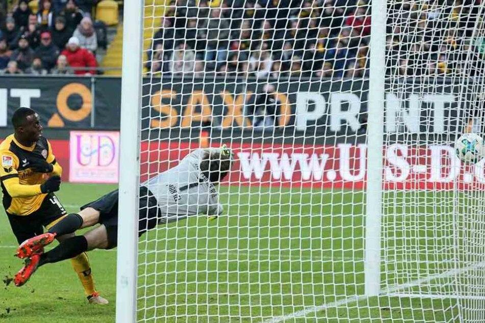 Berko trifft zum 4:0 gegen Aue und ist damit in dieser Saison schon der 13. Torschütze von Dynamo.