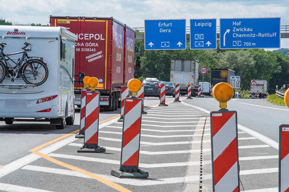 Ab in den Urlaub: Wer am Wochenende auf den Autobahnen rund um Chemnitz unterwegs ist, muss mit Stau rechnen.