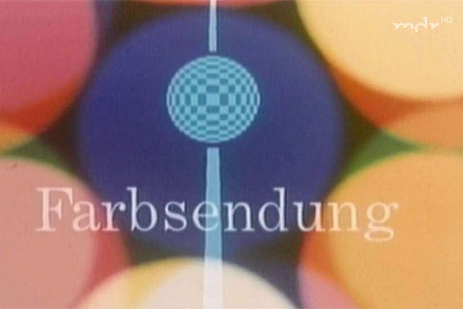 Pünktlich zum 20. Jahrestag der DDR wurde das zweite Programm und damit das Farbfernsehen vorgestellt.