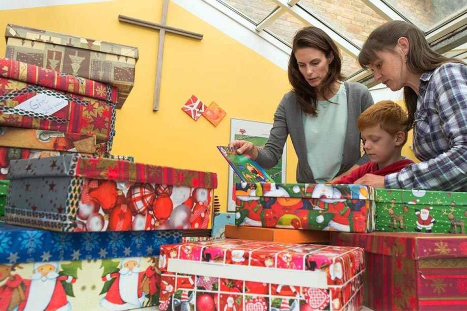 Alle packen mit an: Helft auch Ihr Kindern in Not, ein schönes Weihnachtsfest zu erleben (Symbolbild).
