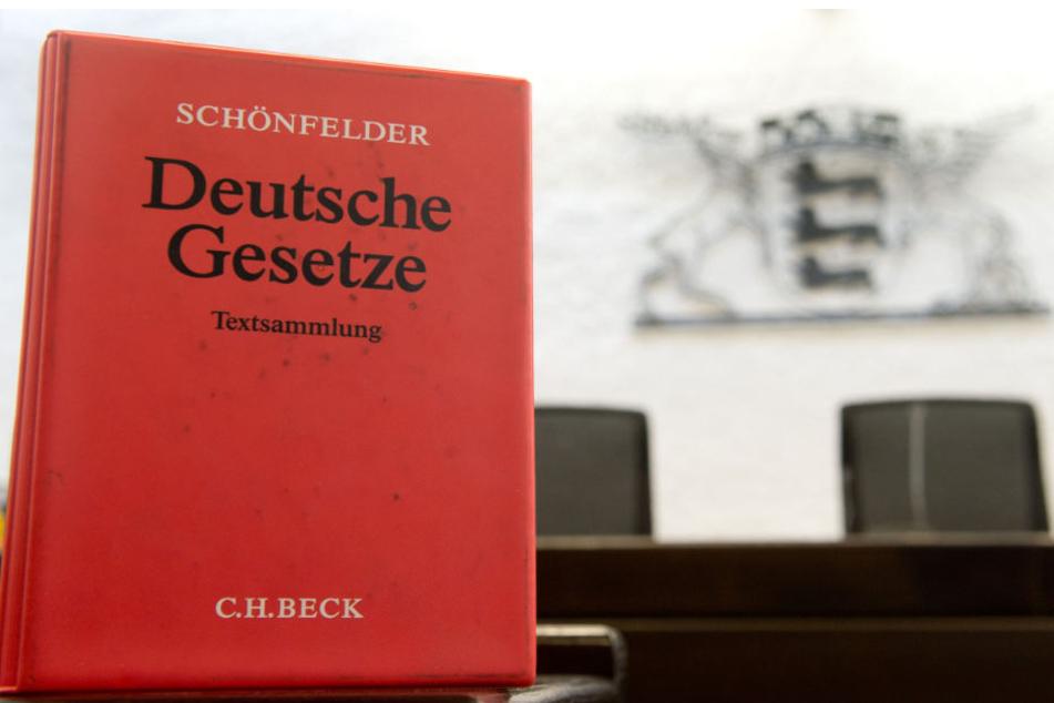 Vor dem Landgericht Stuttgart muss sich ein 34-Jähriger wegen sexuellen Missbrauchs verantworten.