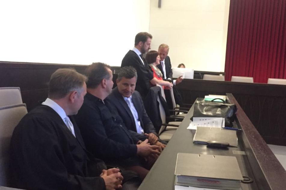 Wilfried W. nahm zusammen mit seinen Anwälten auf der Anklagebank Platz.