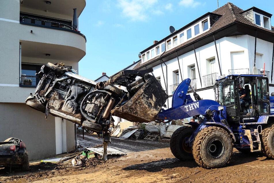 Polizei appelliert: Helfer sollen nicht mehr ins Katastrophengebiet reisen!