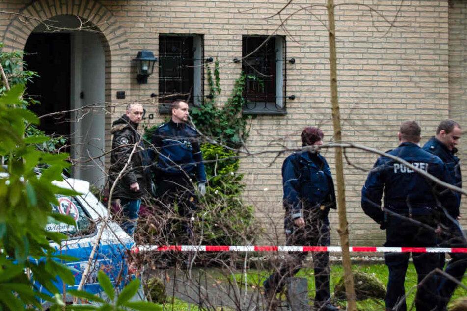 Das wohlhabende Geschwisterpaar wurde in der Villa im Gütersloher Stadtpark brutal erstochen.
