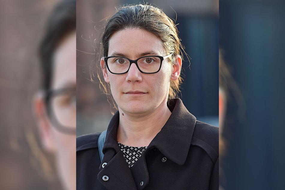 Neonazis machen gegen Stadtratskandidatin Annalena Schmidt (32) mobil.