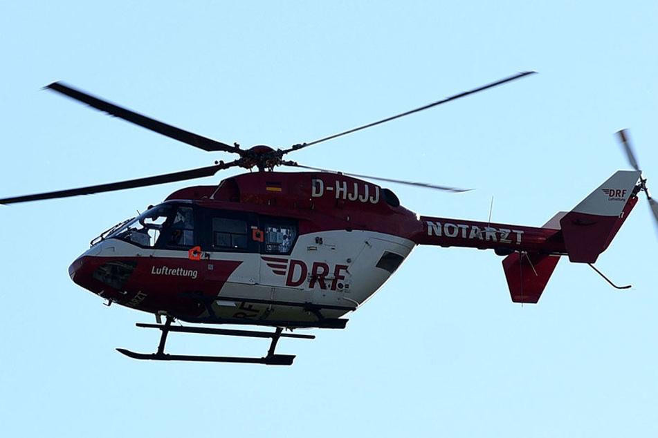 Ein Rettungshubschrauber brachte den Vierjährigen in eine Klinik.