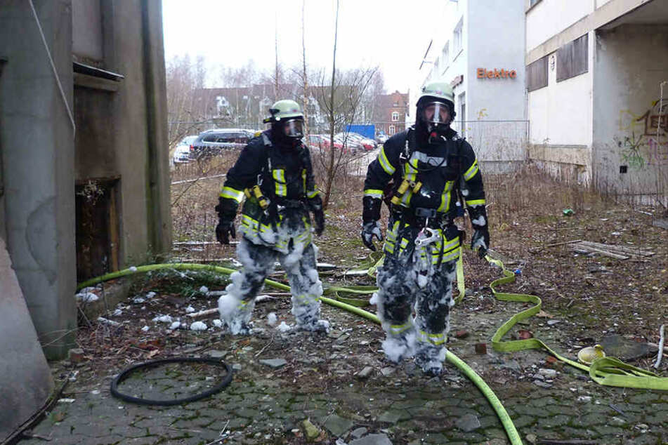 Die Feuerwehr war mit Atemschutztruppen vor Ort.