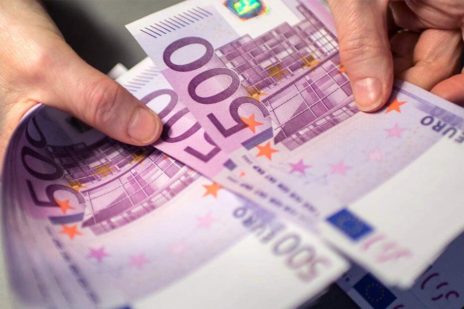 Ab dem kommenden Freitag werden keine 500-Euro-Scheine mehr ausgegeben.