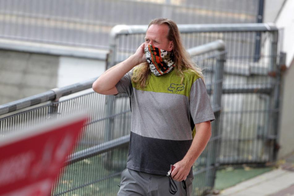 Stefan Müller-Römer (52) hat nach einigen Fehltritten sein Amt als Vorsitzender des Mitgliederrates beim 1. FC Köln niedergelegt.