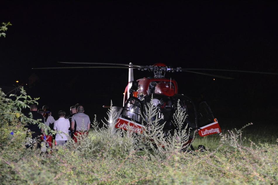 Der 39-Jährige wurde mit einem Rettungshubschrauber nach Leipzig geflogen.