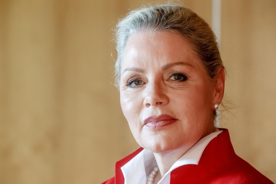 Doris Fürstin von Sayn-Wittgenstein (damals AfD) nimmt an einer Landes-Mitgliederversammlung teil.