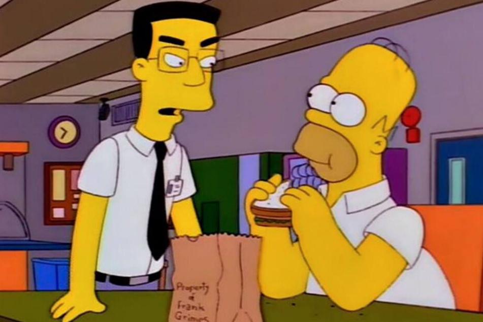 """Für gute Manieren bekannt... Homer isst seinem alten """"Freund"""" Frank Grimes das Sandwich weg."""
