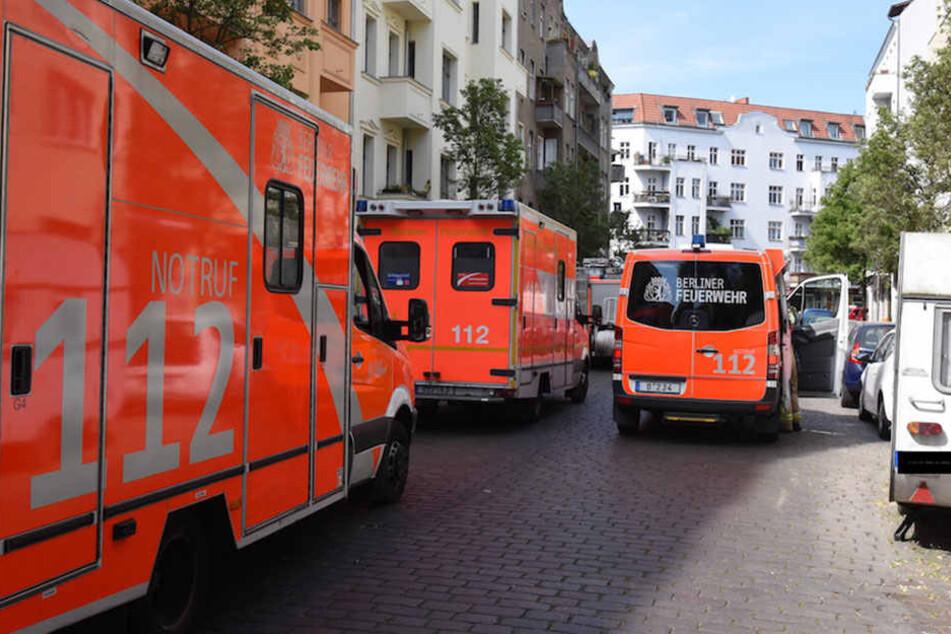 Die Feuerwehr war mit 14 Fahrzeugen Vorort.