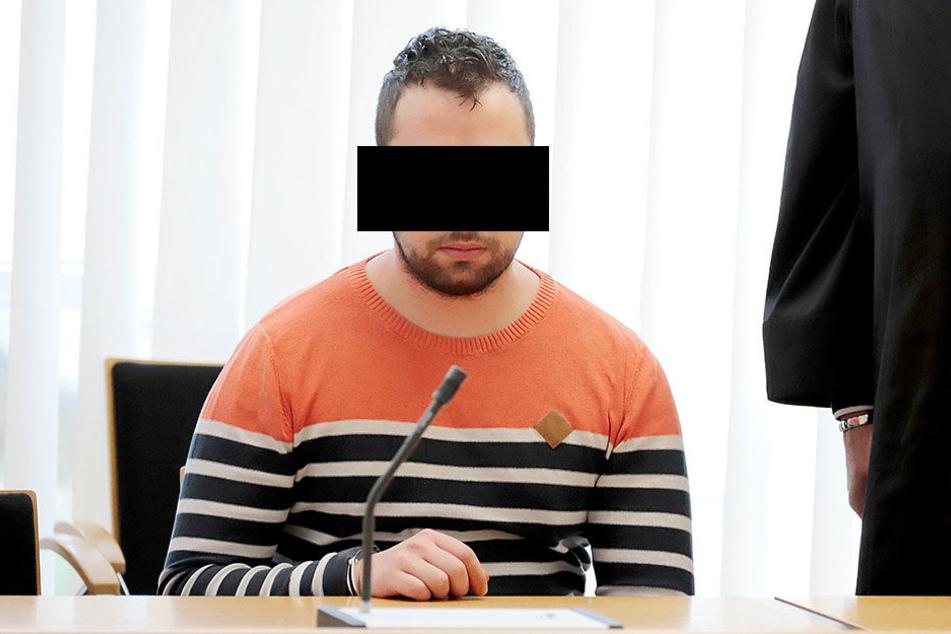 Florinel P. (25) kam aus der Untersuchungshaft zum Prozessbeginn.