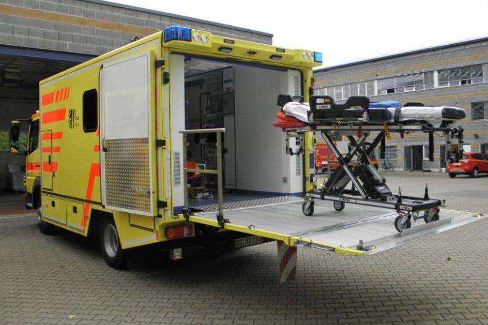 Der Rettungswagen für Übergewichtige hat mehr Platz. Er ist immer öfter im Einsatz.