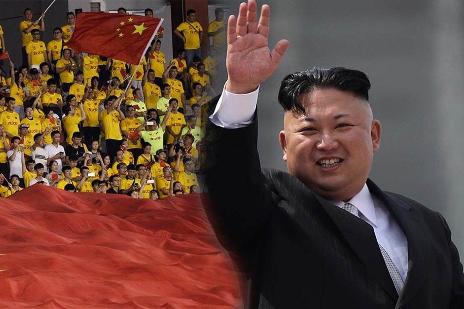Nordkoreas Staatsoberhaupt Kim Jong Un winkt am 15.04.2017 in Pjöngjang (Nordkorea) während einer Militärparade (rechts). Links WM-Qualifikation, Syrien - China am 13.06.2017 in Malakka.