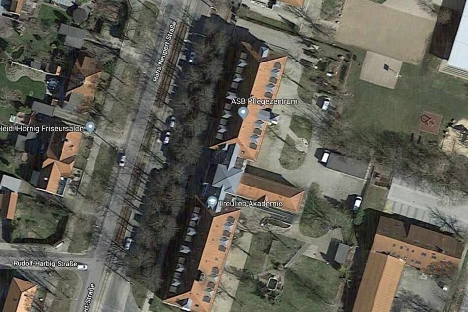 Zuletzt wurde die 86-Jährige im ASB-Pflegezentrum in der Hans-Neupert-Straße gesehen.