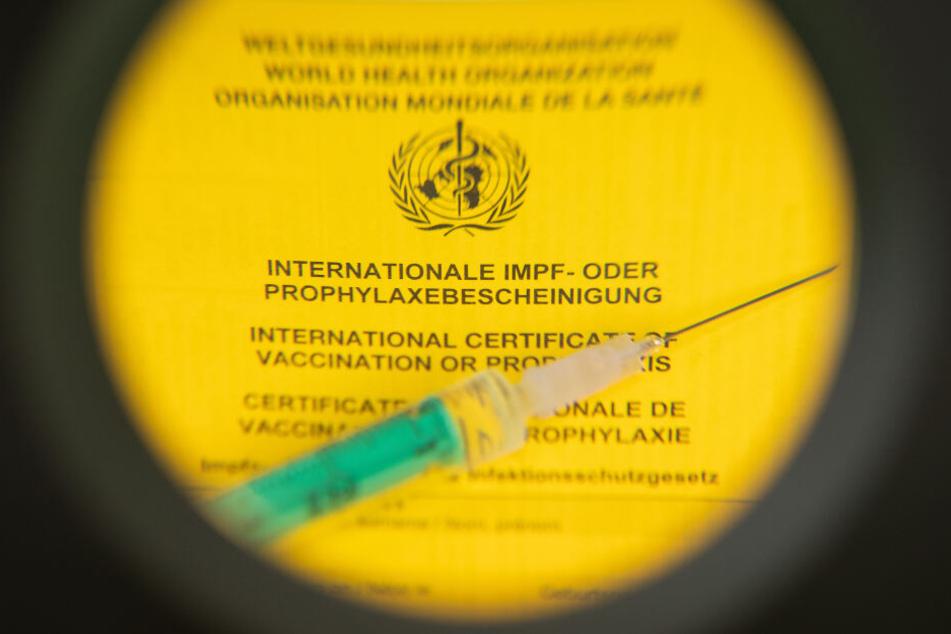 Menschen, die mit den Kranken in Kontakt waren und nicht geimpft sind, dürfen nicht in KiTas oder zu öffentlichen Veranstaltungen gehen. (Symbolbild)