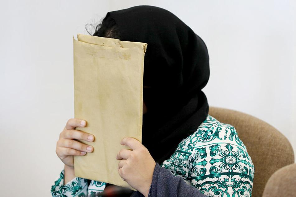 Die Frau wurde zu siebeneinhalb Jahren Haft wegen Totschlags verurteilt.