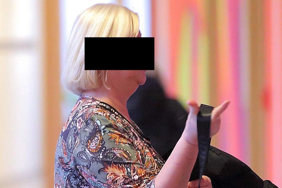 Andrea K. (60) entschuldigte sich im Gericht für ihren Fauxpax auf dem Elberadweg.