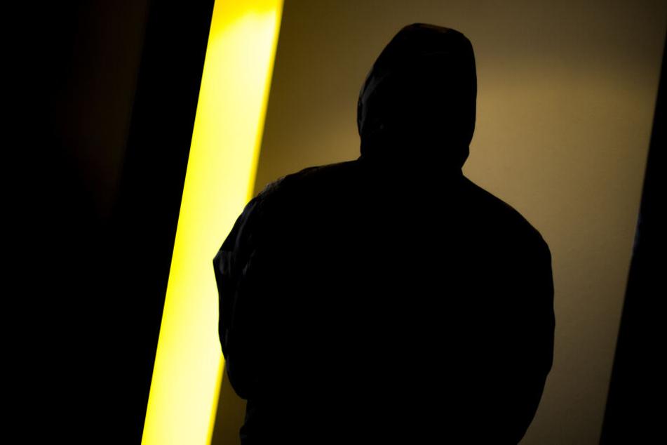 Ob die Täter ein rechtsradikales Motiv hatten wird nun von der Polizei und dem Staatsschutz ermittelt. (Symbolbild)