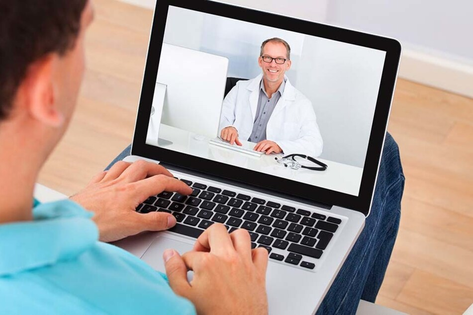 Sehen wir unseren Arzt demnächst fast nur noch über den Laptop?