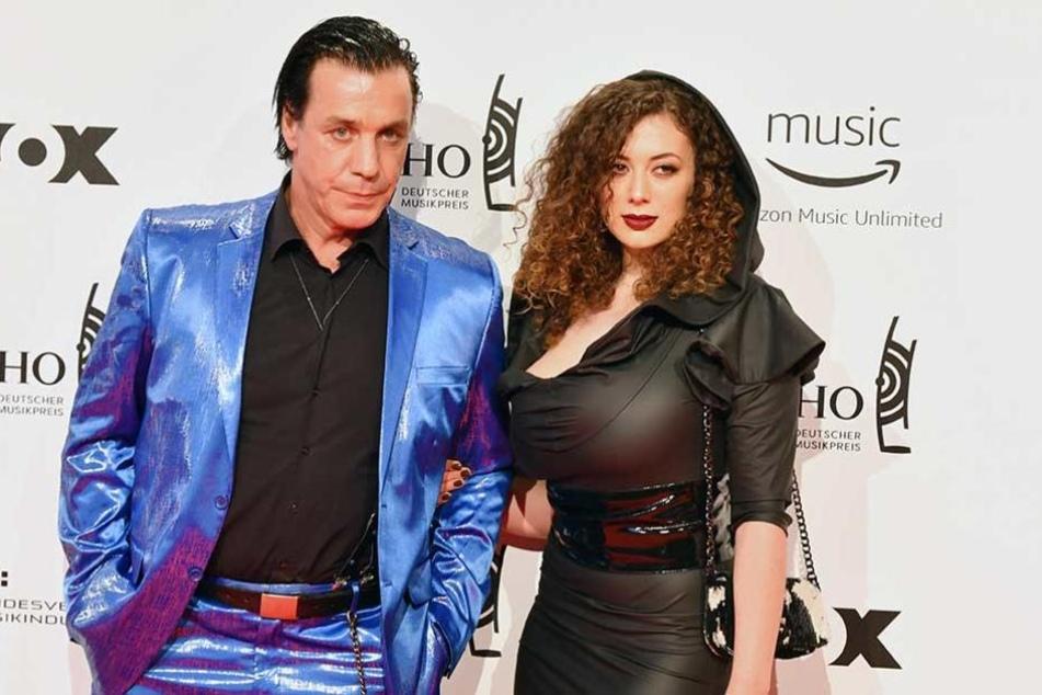 Leila Lowfire kam mit Till Lindemann zur Echo-Verleihung.