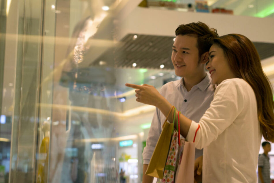 Chinesen werden als Kunden von Luxusgüter-Anbietern immer wichtiger.
