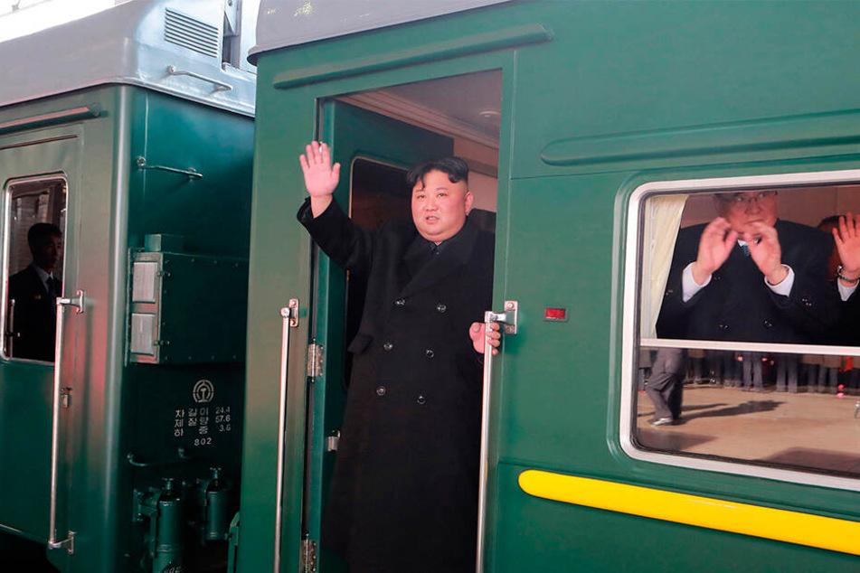 Kim Jong-un nimmt den Zug, um zum Gipfeltreffen mit Trump zu reisen.