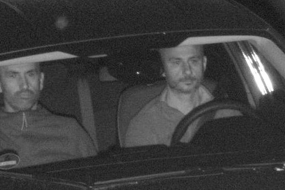 Nach Auto-Diebstahl geblitzt: Wer kennt diese beiden Männer?