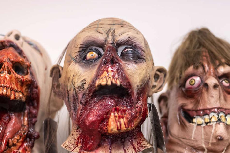 Schaurig-schön? Blutige Masken sind dieses Jahr angesagt.