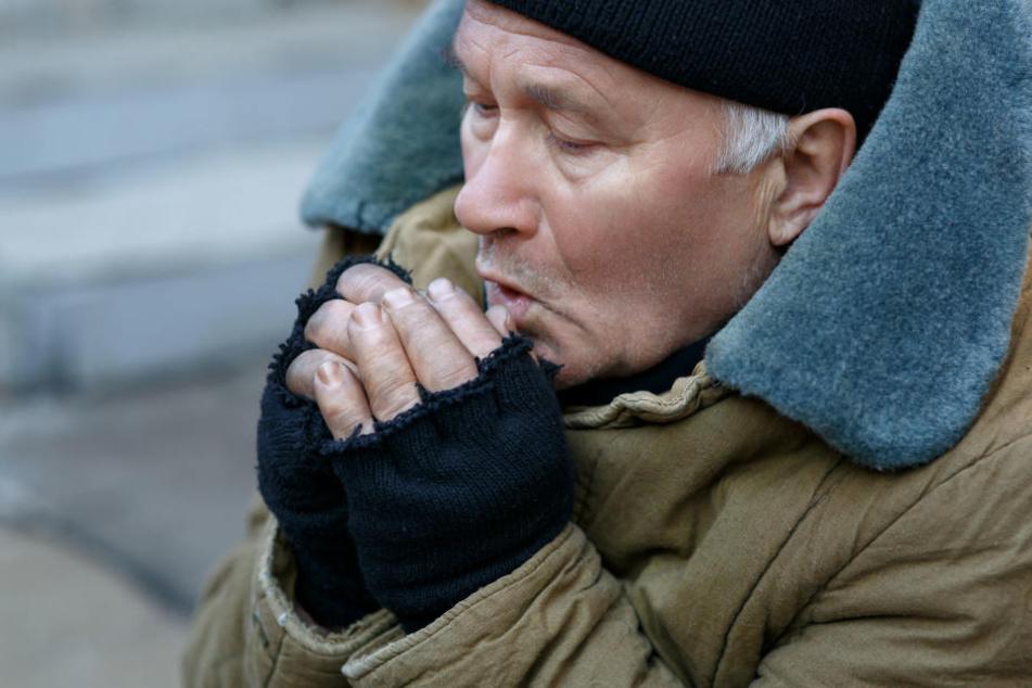 In den derzeit eiskalten Nächten geht es für Obdachlose ums Überleben! (Symbolbild)