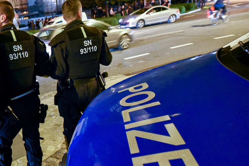 Auf dem Bautzner Kornmarkt griffen Beamte ein. Jetzt wird gegen Polizisten ermittelt (Symbolbild).